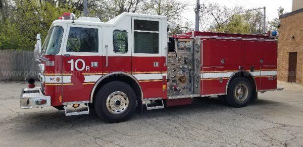2001 Pierce Saber fire engine for sale