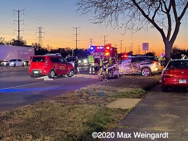 crash scene in Highland Park IL
