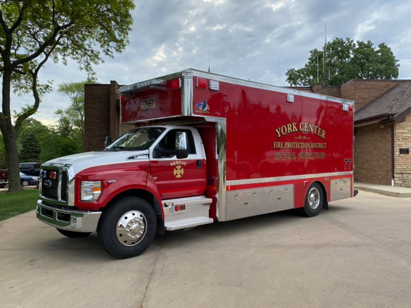 2021 Ford F-650 / Marion Body Works