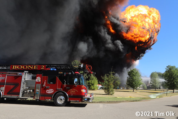 massive black smoke and flames from chemical fire in Rockton IL