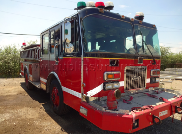Former Chicago fire engine for sale as surplus