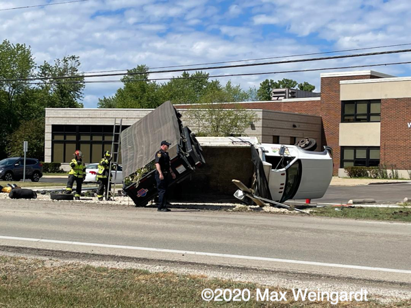 Truck roll over MVA in Northbrook 6-15-21.