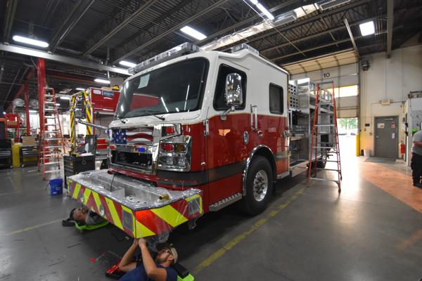 Rosenbauer Commander fire engine built for the Lemont FPD