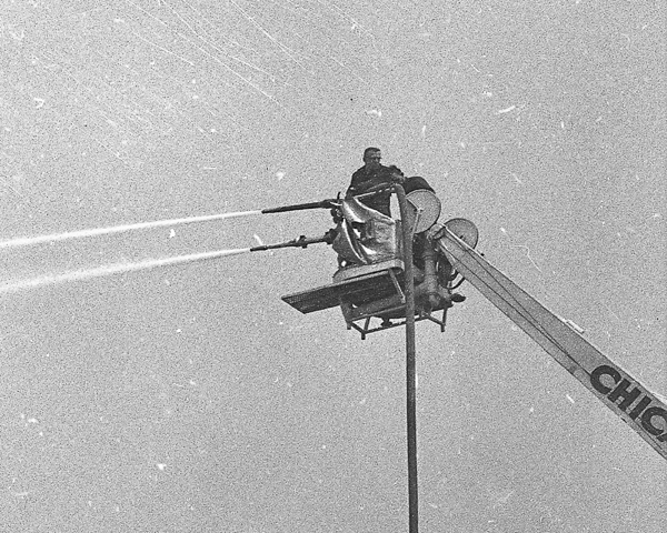 Vintage photo from April 19, 1961 of Chicago FD Sni=orkel 2 testing a second gun in the basket