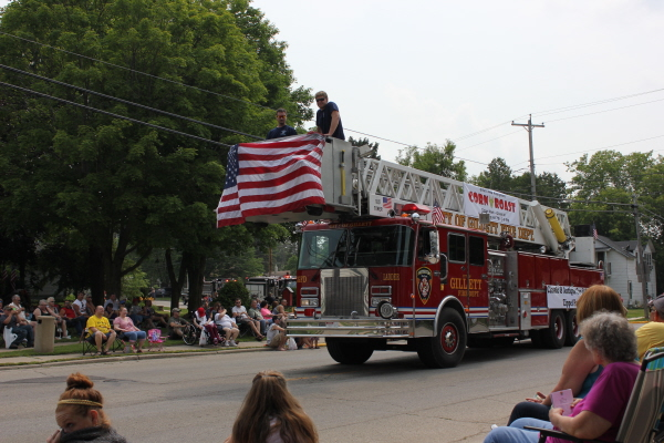 former Orland FPD tower ladder in Gillett WI