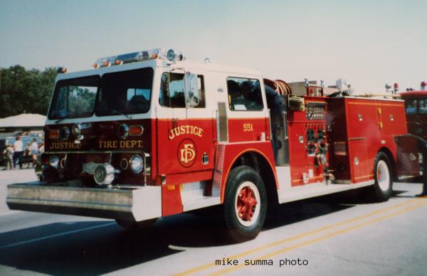 1981 Hendrickson Pirsch fire engine