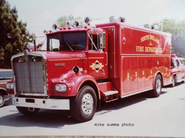 1972 Kenworth 3D rescue squad