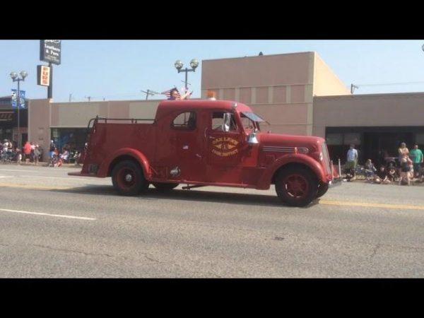 vintage Seagrave  fire truck in Oak Lawn IL
