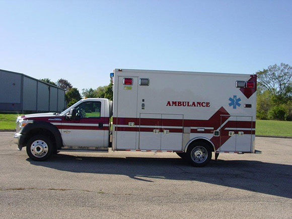 2004 Ford F450-Medtec Type 1 ambulance for sale