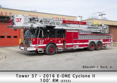 Chicago FD Tower Ladder 37