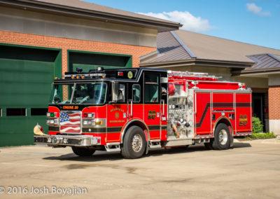 Deerfield-Bannockburn FPD Engine 20