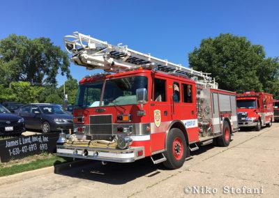 Evanston FD Reserve Engine 23 - 1995 Pierce Saber 1500/300/30 50' TeleSqurt