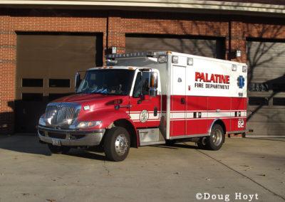 Palatine Reserve Amb - 2003 IHC 7400/Wheeled Coach Type I