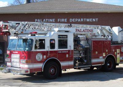 Palatine Reserve Quint - 2004 Pierce Enforcer 1500/500 75' quint