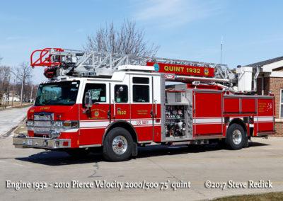 Great Lakes FD Engine 1932 2010 Pierce Velocity 2000/500 75' quint