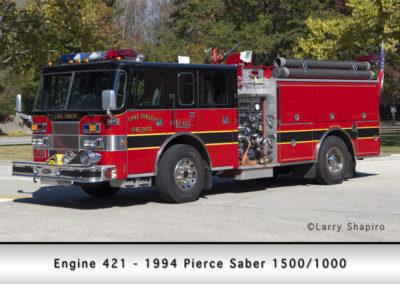 Lake Forest FD Engine 421 - 1994 Pierce Saber 1500-1000