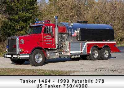 Newport Township FPD Tanker 1464 - 1999 Peterbilt 378 - US Tanker 750-4000